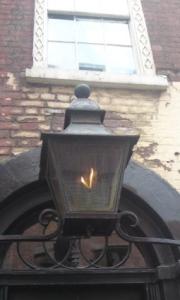 18-folgate-street-lamp2